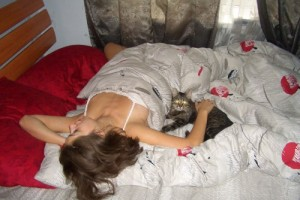 Moe in bed